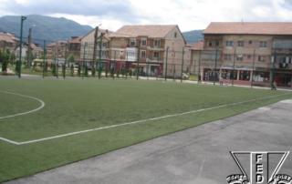 teren-baru-teren-tenis-cu-piciorul-tgjiu-002